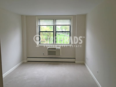 Pictures of  Apartment for Rent on Huron Ave, Cambridge, MA