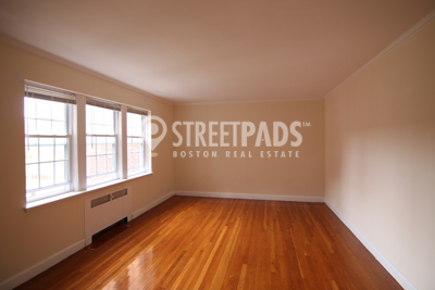 Pictures of  Apartment for Rent on Beacon St, Brookline, MA